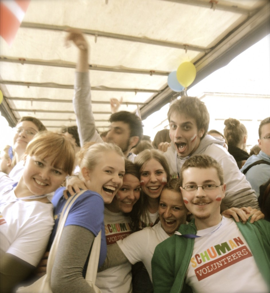 freiwilligendienst-warschau-party