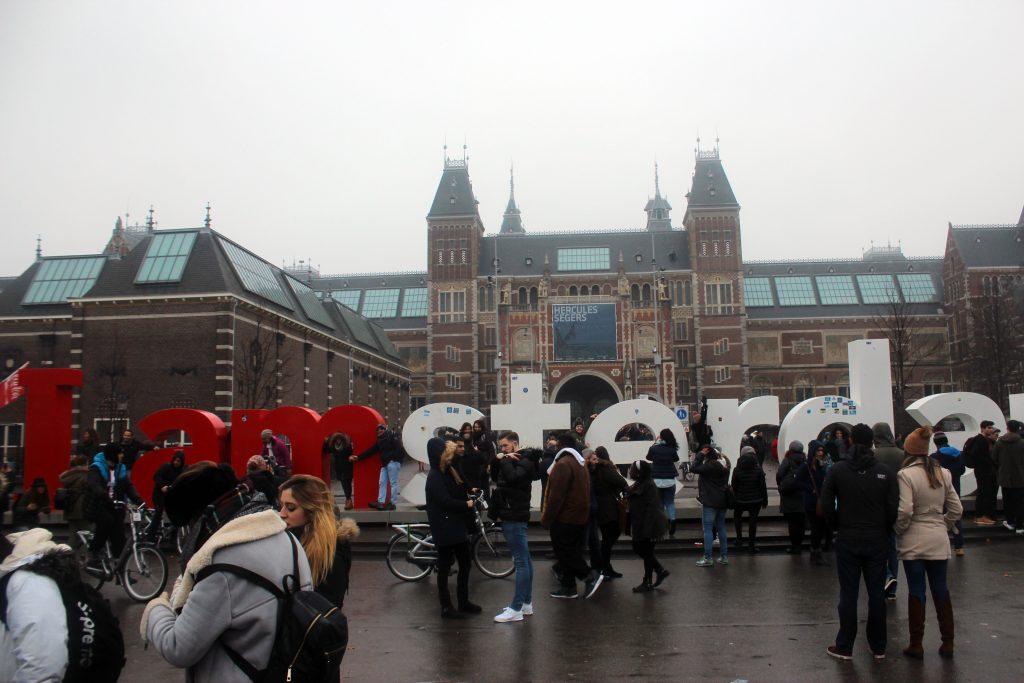 amsterdam-buchstaben